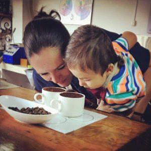 Kaffee-Testen mit den Jüngsten